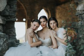 Venue: Stone Butter Church | Gowns: Tres Chic Bridal Boutique | Photo: Myrtle & Moss
