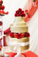 Gold and Red Cake - Mirror Mirror Design Palette | Photo: Lilly Ann Photography