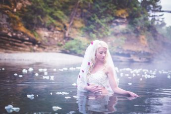 Photo: Chelsea Dawn Photography and Makeup, Vancouver Island, chelseadawn.ca