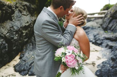 Island Kisses -Wren & Rook Photography