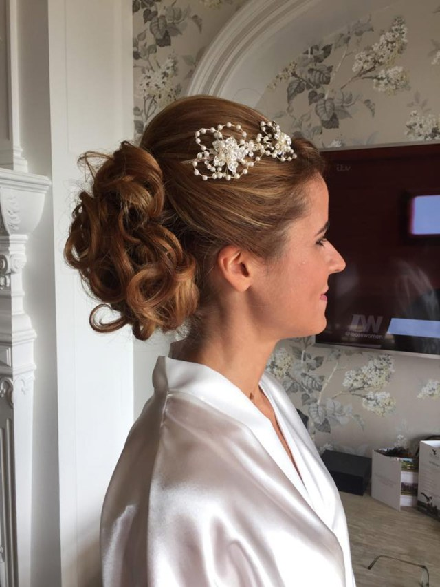 wedding hair and make up mobile service in thew southwest of