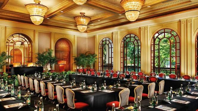 Four-Seasons-Hotel-1