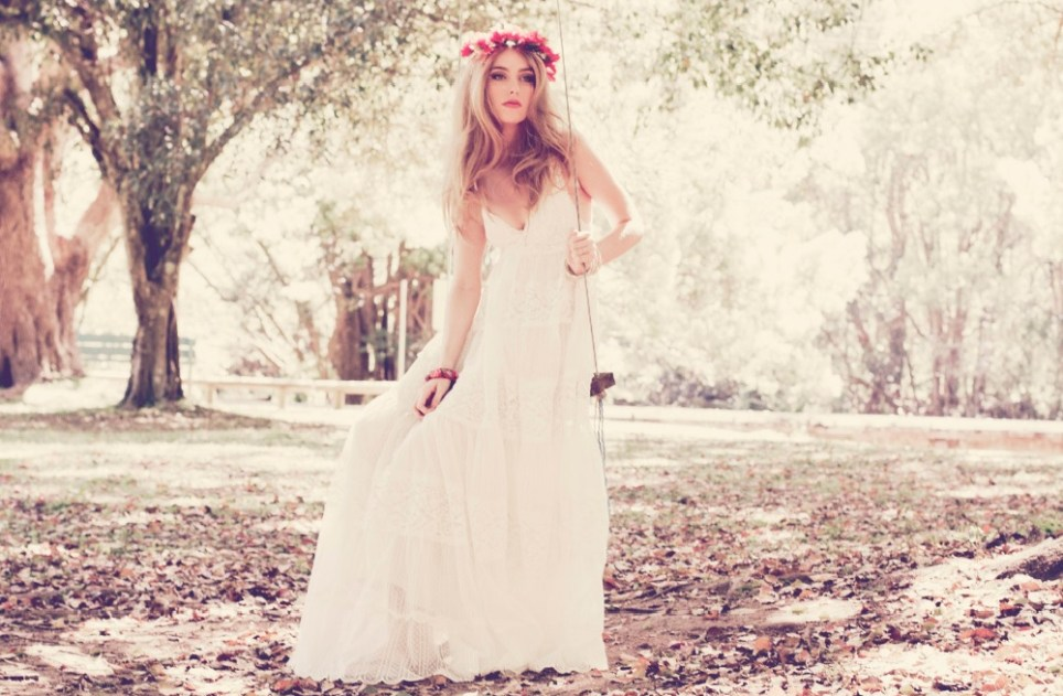 Top 10 Wedding Gown Designers in Indonesia │ The Wedding Vow