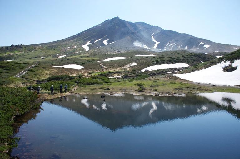 Hokkaido Honeymoon - Mt Asahidake - Walkopedia