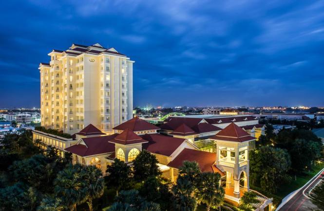 Sofitel Phnom Penh 14