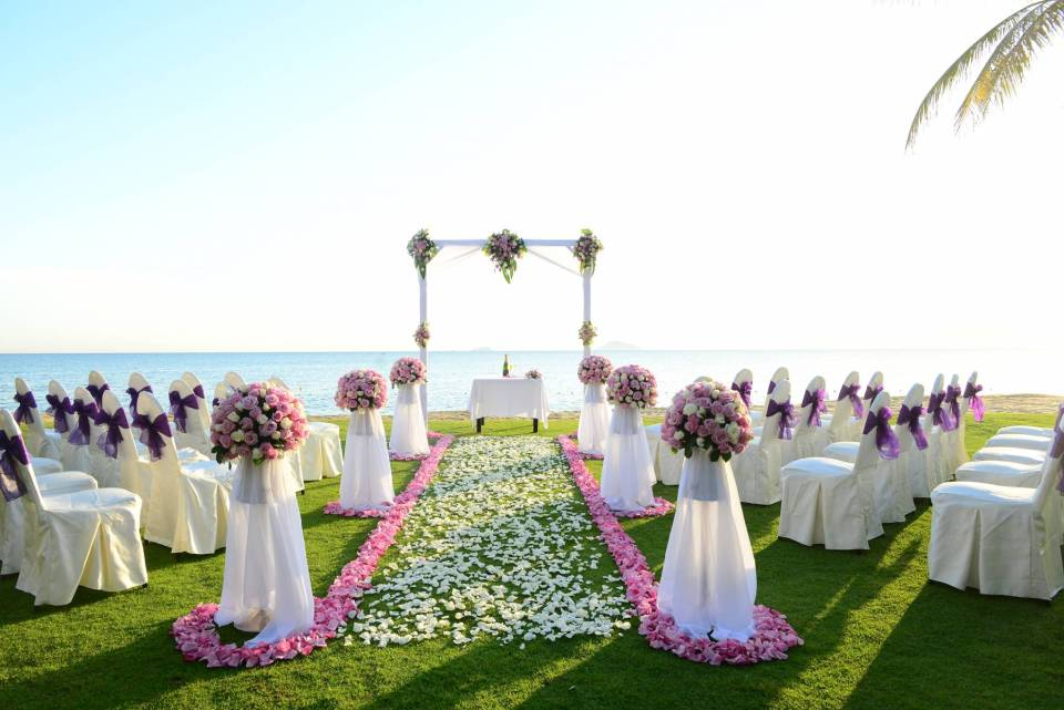 vietnam wedding venues Waterfront Wedding