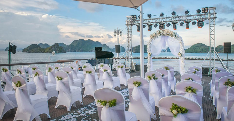 vietnam wedding venues cruise Wedding