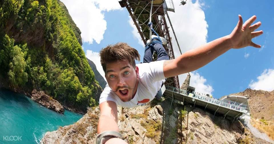 Kawarau Bridge Bungy New Zealand South Island Itinerary