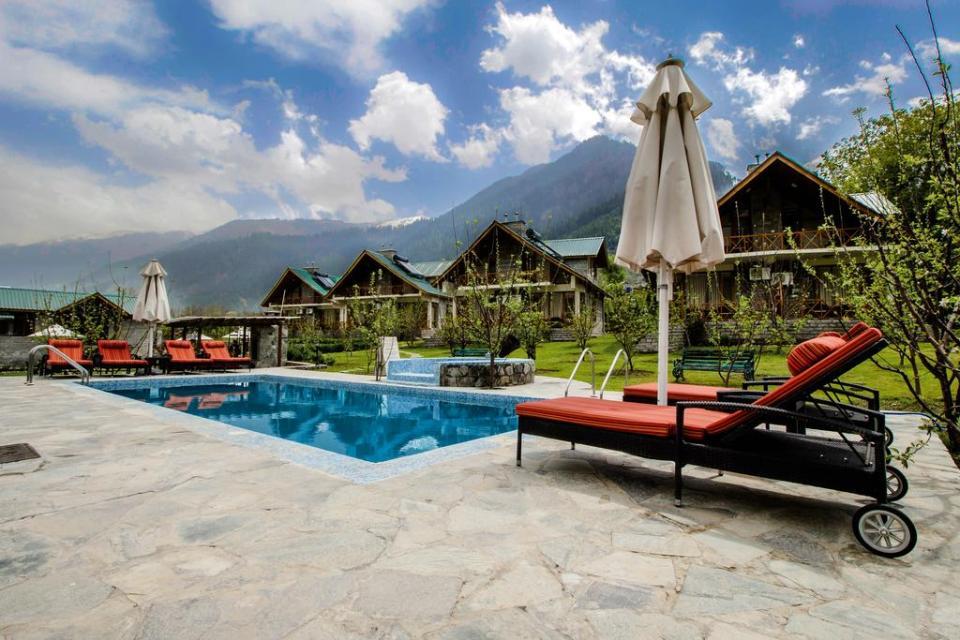 india honeymoon Larisa Resort Manali