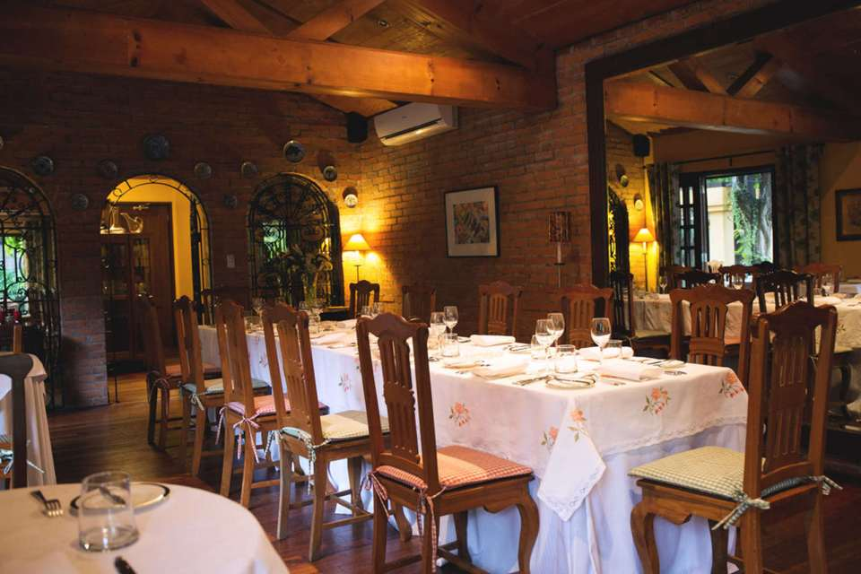 Lemuria Restaurant Wedding Venues Manila