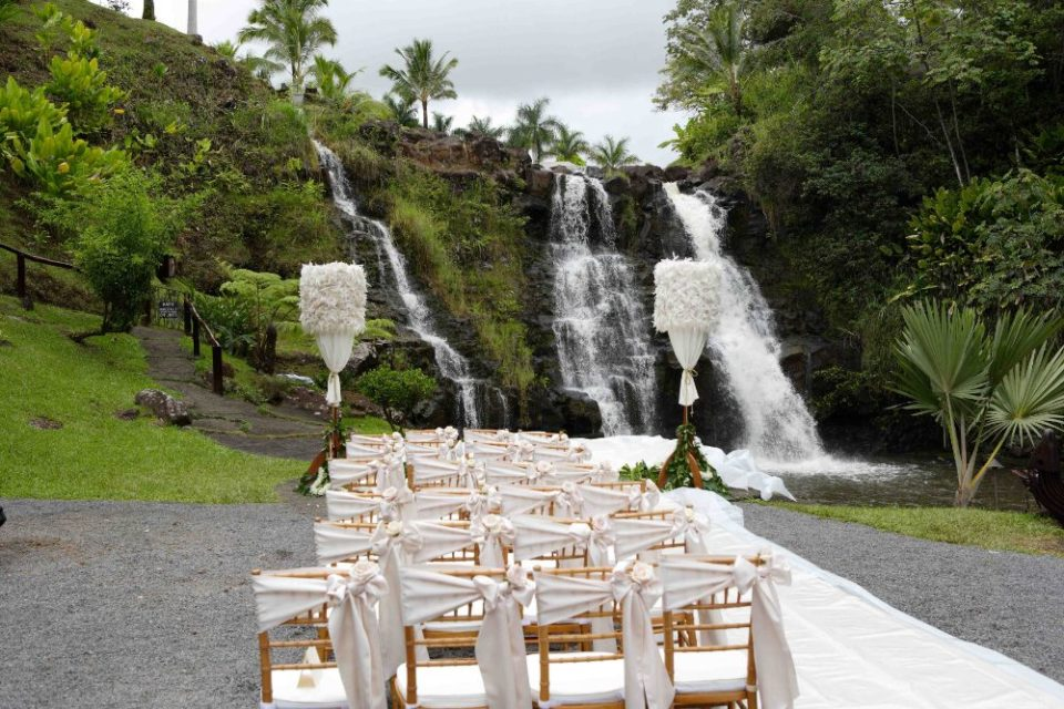 the falls at reeds island wedding venues hawaii