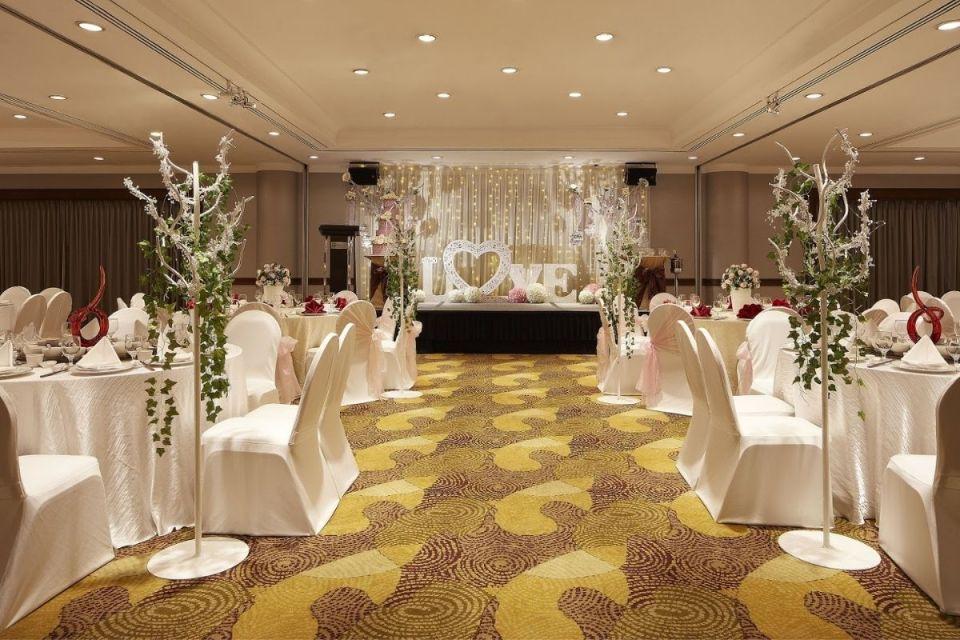 Holiday Inn Singapore Atrium - noteworthy wedding venues