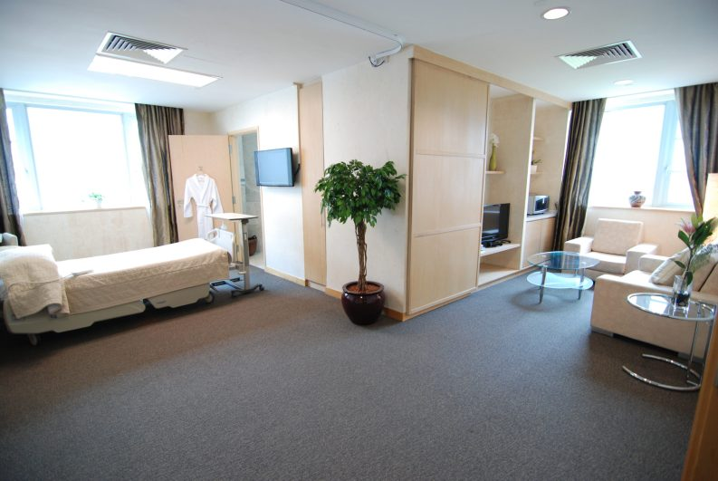 Raffles Hospital maternity hospitals singapore cost of giving birth in singapore