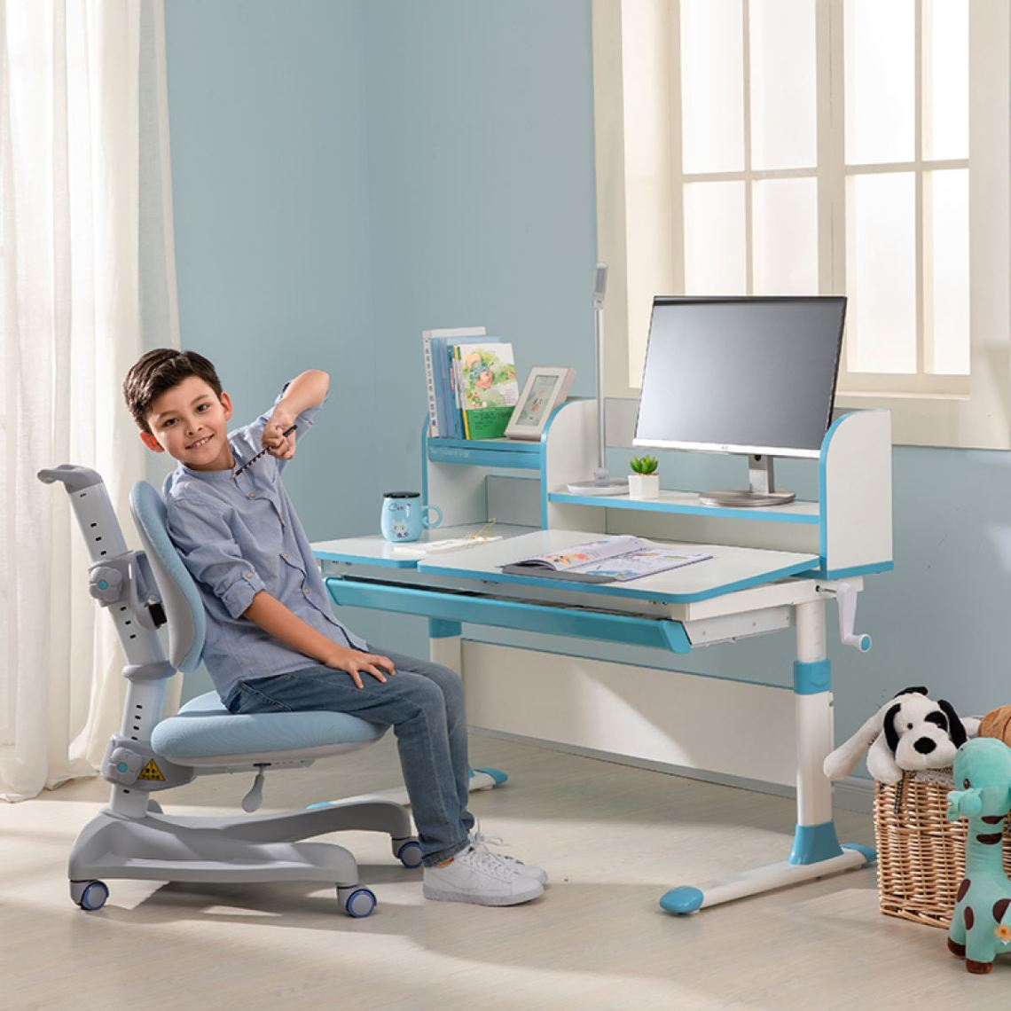 10 Best Study Table for Kids in Singapore