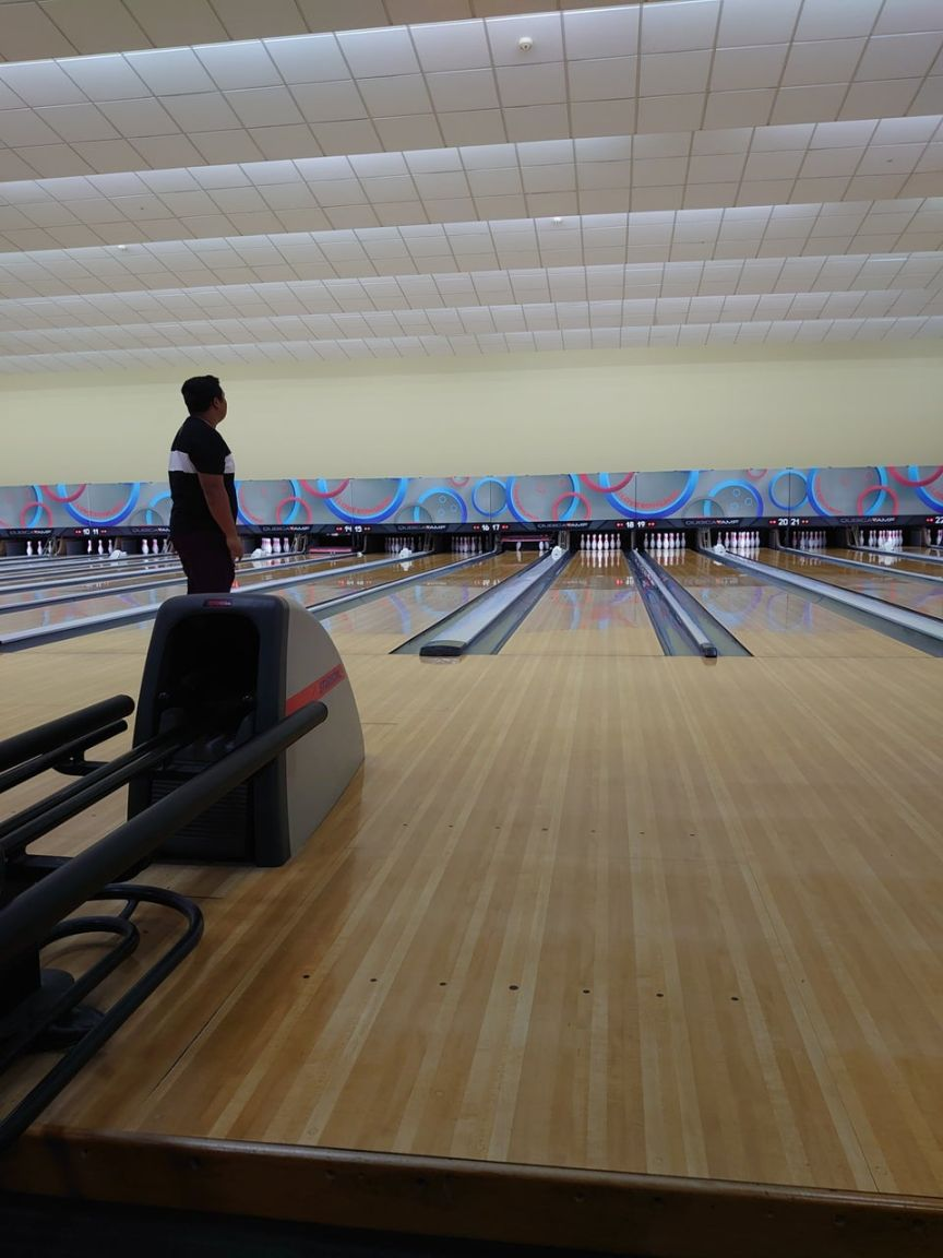 Starbowl bowling alley in singapore