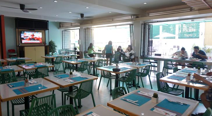 Sea Cocoon Hotel El Nido - dining hall