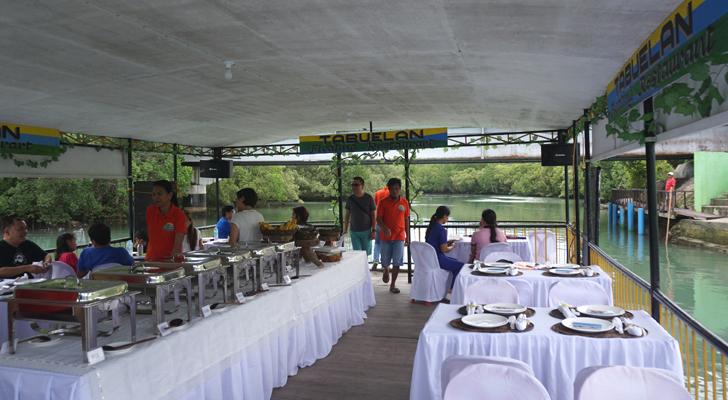 Tabuelan - floating restaurant