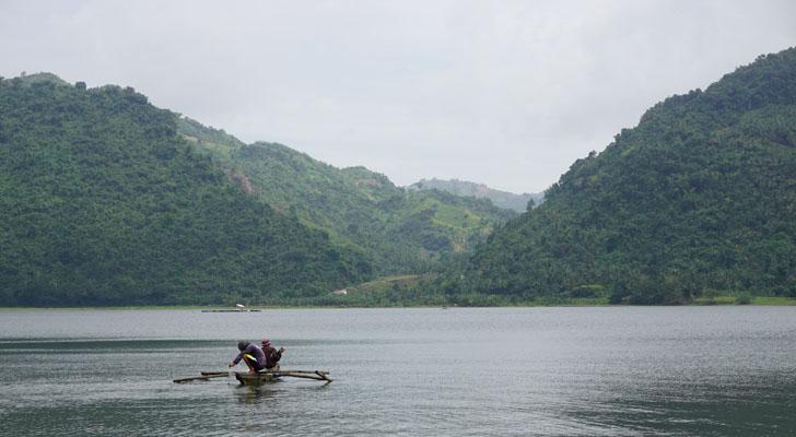 Toledo Cebu - fishing at malubog lake