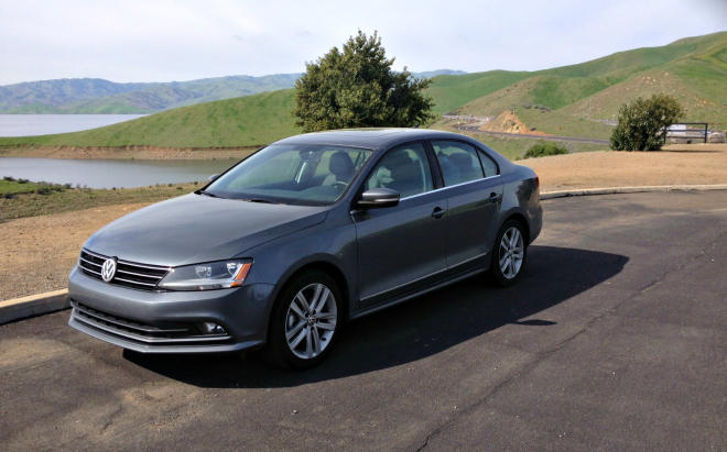 The 2017 Volkswagen Jetta continues the legacy of the enuring little sedan.