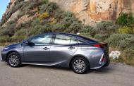 2017 Toyota Prius Prime has short shift, not short shrift
