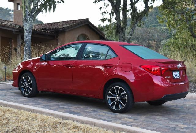The 2017 Toyota Corolla includes several interior and exterior upgrades. All images © Bruce Aldrich (www.tahoetruckeeoutdoor.com), 2017.