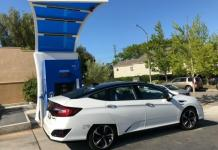 The 2017 Honda Clarity Fuel Cell showcases hydrogen technology.