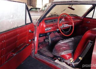 Nearly 500 barn finds and nearly new cars will be auctioned in Pierce, Nebraska.