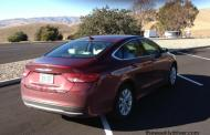 2015 Chrysler 200: Watch out Honda Accord