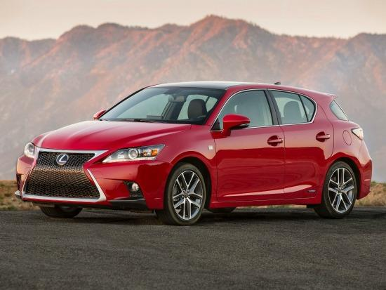 The 2014 Lexus 200h has been revised.