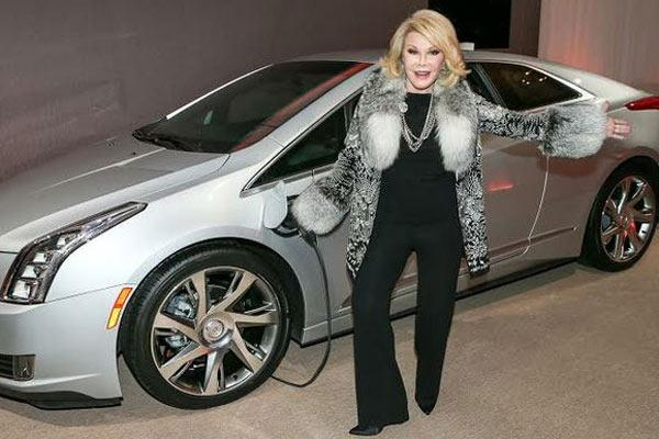 Joan Rivers promoted the Dodge Dart in the 2013 television commercial.