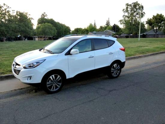 The 2014 Hyundai Tucson has an amended interior and exterior.
