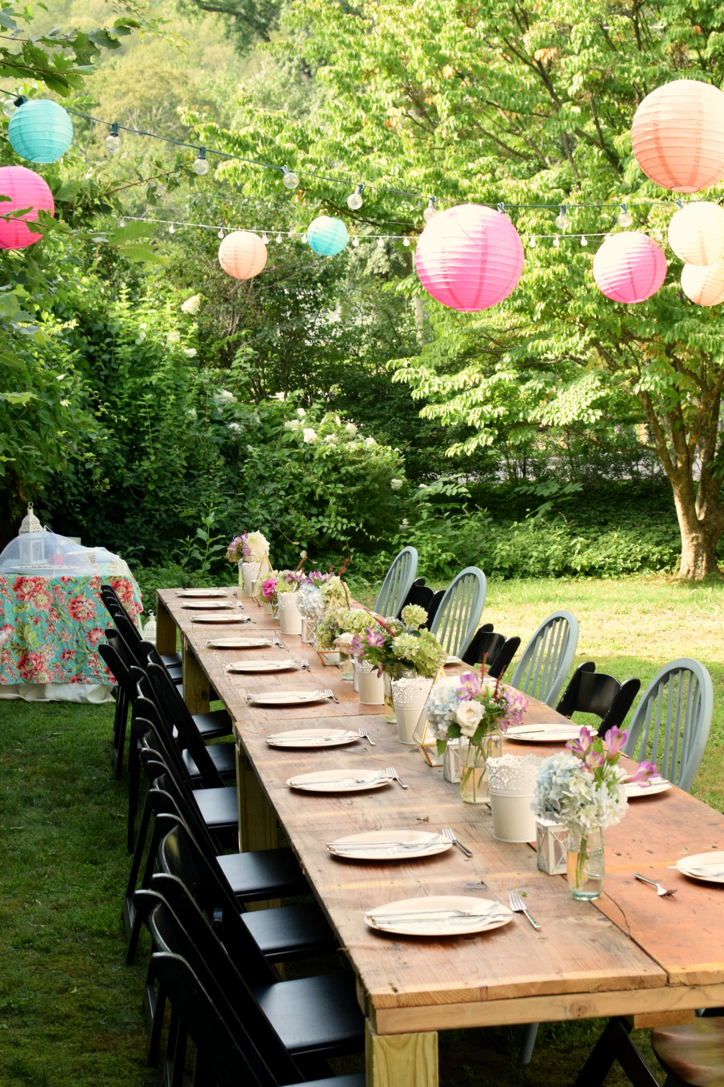 Charming Garden Party, perfect for your next party idea. on Backyard Table Decor id=76671