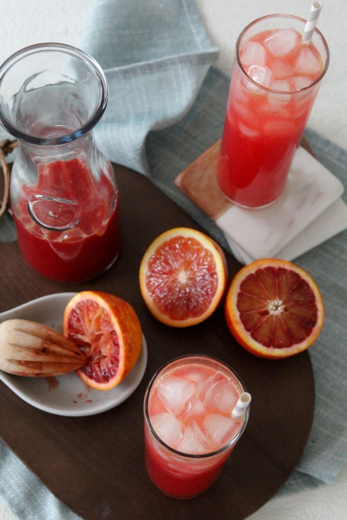 This Orange Ginger Kombucha Cocktail from The Whole Smiths is made with nothing but clean and fresh ingredients, you'll love it!