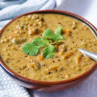 Coconut Curry Lentil Soup {Vegan}