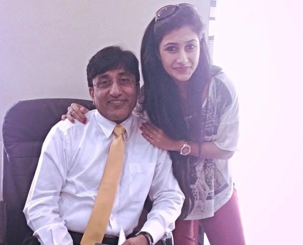 dhanashree verma father
