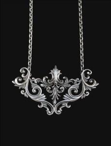 Noir necklace