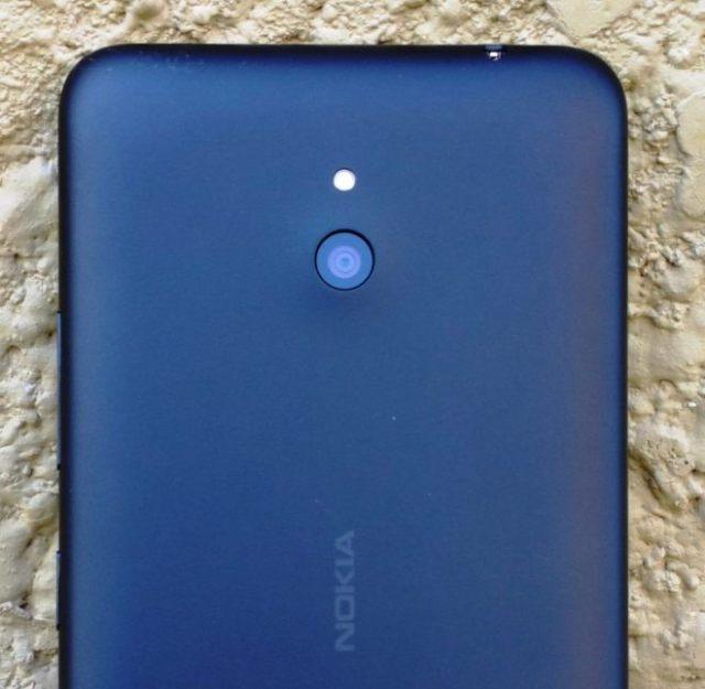 Lumia-1320-camera