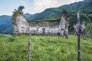 Ruins of church, Dartlo, Tushet