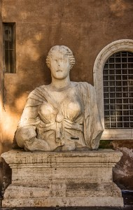 Rome's Talking Statue, Madama Lucrezia