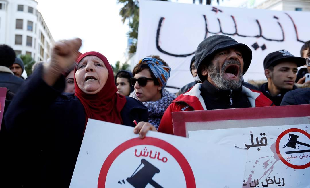 Nuove proteste in Tunisia contro tasse e povertà