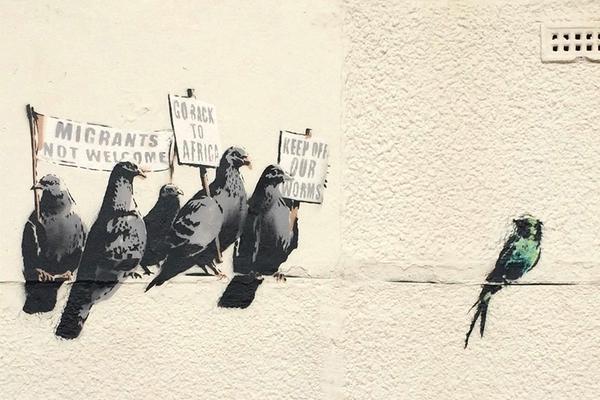 uccelli razzisti banksy