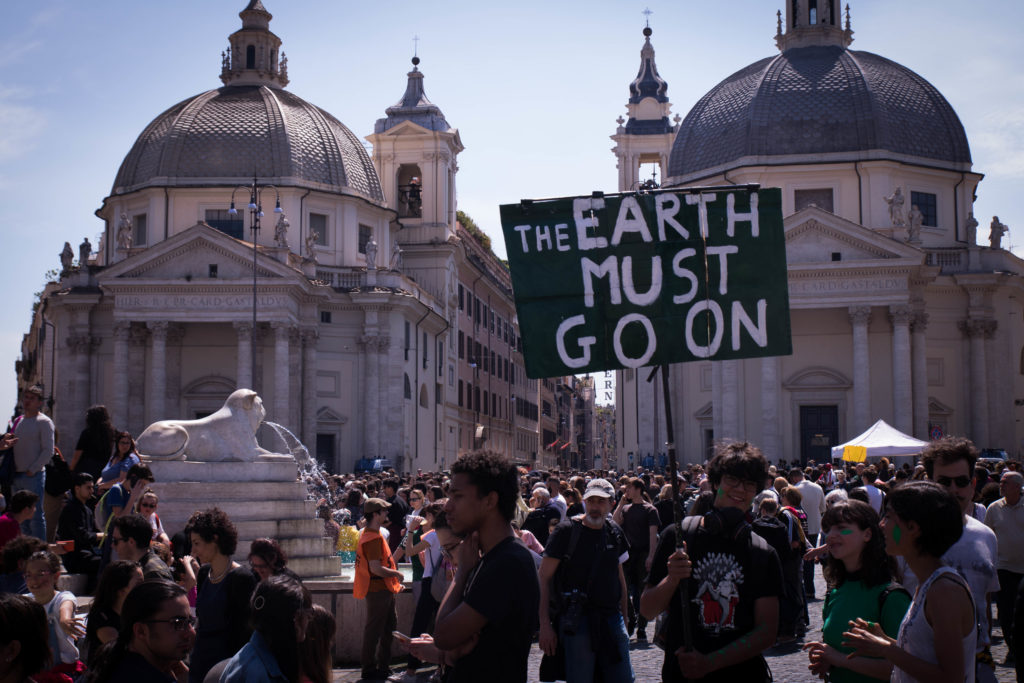 La plastic tax è una misura che segue londa del movimento Fridays for Future