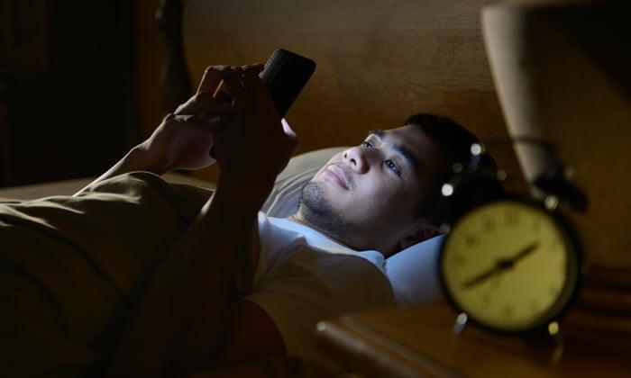 Svegliarsi dentro lo smartphone