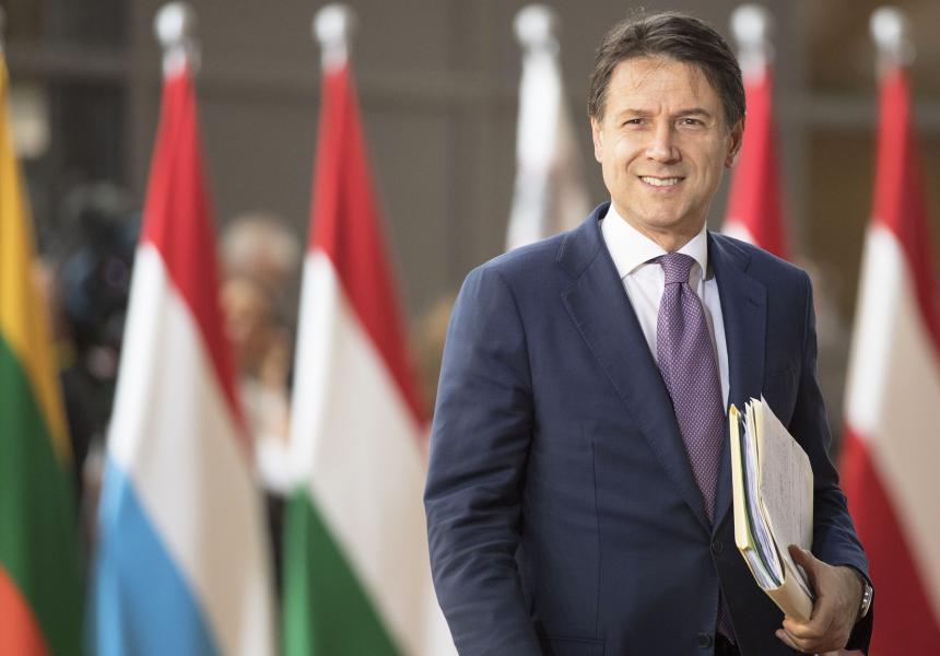 Da controfigura a leader: ma come ha fatto Giuseppe Conte?