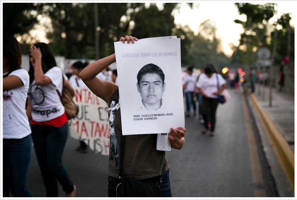 Oaxaca, manifestazione per Ayotzinapa