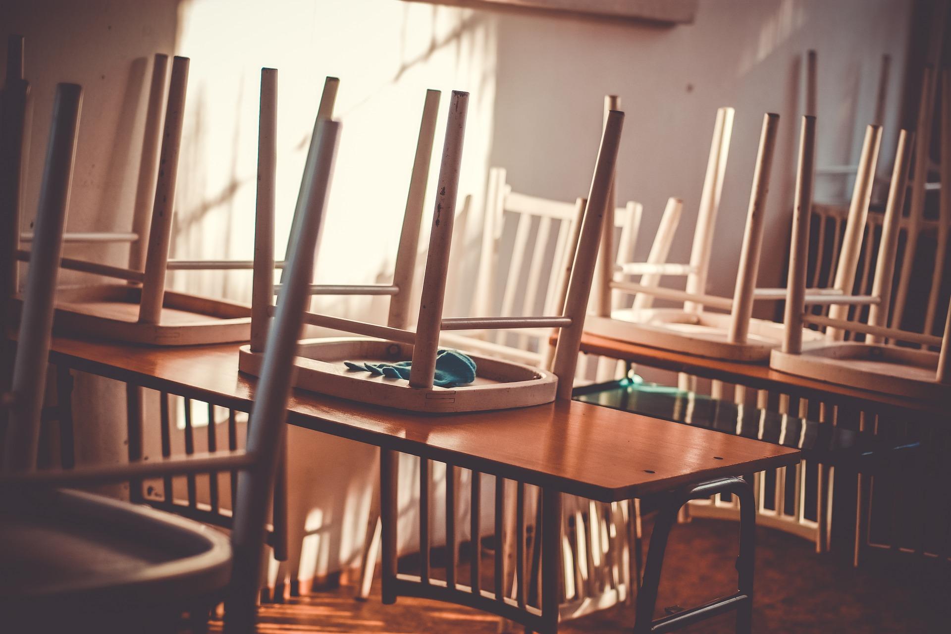 Nove studenti (e due prof) raccontano la didattica a distanza