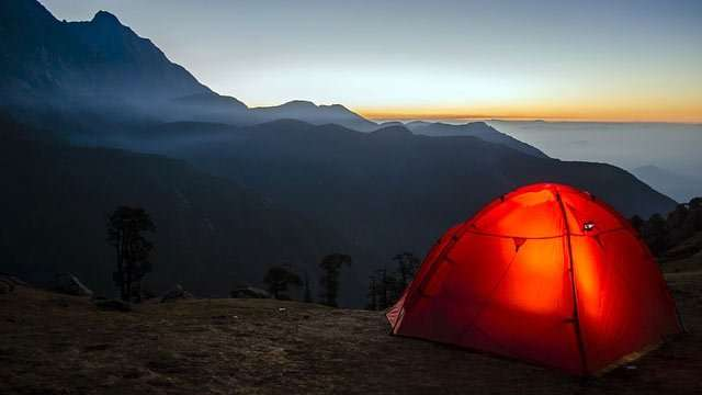 find budget accommodation camping