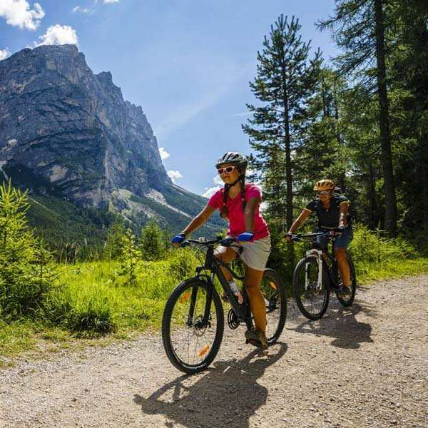 Best-Cycling-Travel-Destinations-2