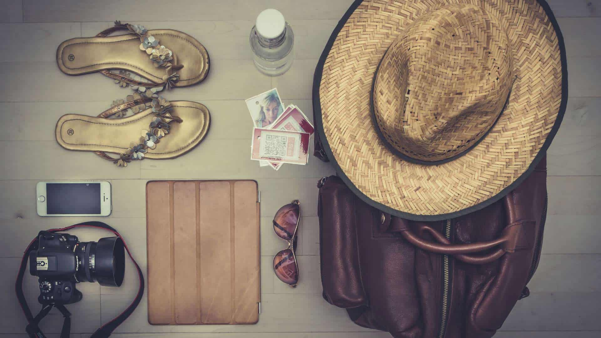 travel-resources-slide-travellers