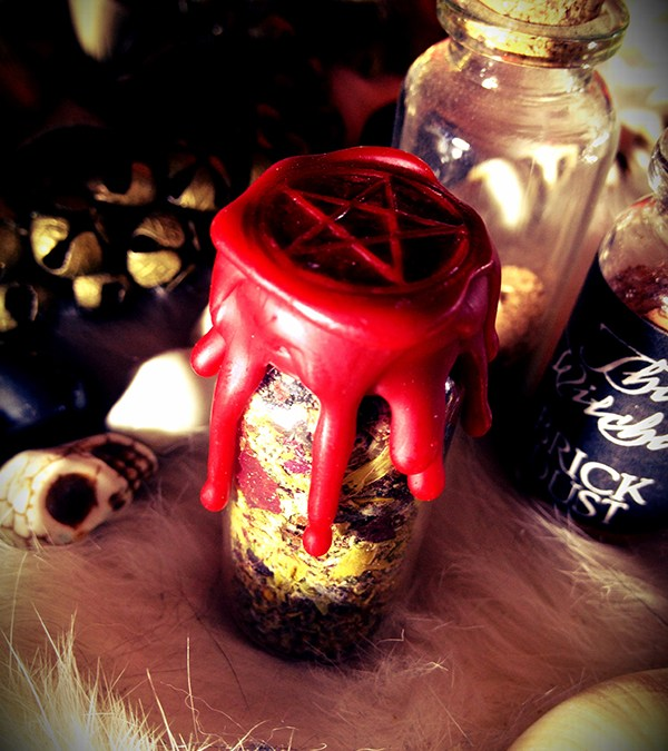 Witch Bottle Love Drawing Battery